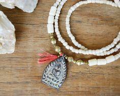 Buddha Halskette - Böhmische Halskette - Wholesale Jewelry - Yoga Schmuck - weiß - rot on Etsy, 41,97€
