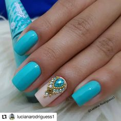 "Perfeita 😍 Esmalte ""merengue suíço"" da @mundial_impala . . B Cross Nails, Pedi, Pretty Nails, Nail Colors, Makeup Looks, Eye Makeup, Finger, Nail Designs, Nail Art"