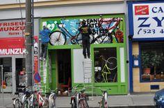 Kein Fahrrad soll auf dem Müll landen - Zwei junge Männer in Wien-Neubau haben der Wegwerfgesellschaft den Kampf angesagt