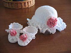 Thread Crochet Sunhat & Booties For Baby - CROCHET