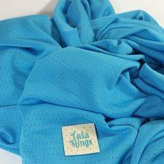 Tatá Sling Dry Fit Aqua... Para o calor para a água para dias quentes para de qualquer forma ficar grudadinho no seu bebê