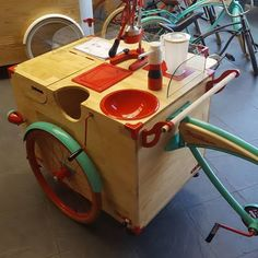 Coffee Shop Bar, Coffee Carts, Bicycle Cart, Beer Bike, Bike Food, Food Kiosk, Ice Cream Cart, Food Trailer, Mobile Shop