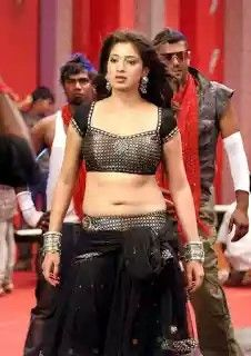 Navel show - Raai Laxmi -