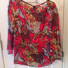 Bb Dakota 3/4 sleeve top Super gorgeous 3/4 blouse by BB Dakota. Features zipper up back. Perfect for fall and winter! In excellent condition. Size Large, fits more like a medium. BB Dakota Tops