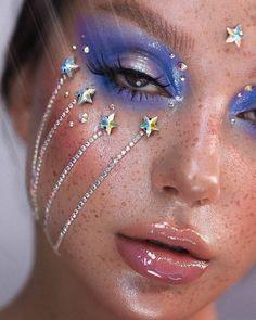 Rave Makeup, Kiss Makeup, Makeup Art, Beauty Makeup, Makeup Inspo, Makeup Inspiration, Nikkie Tutorial, Creative Makeup Looks, Colourpop Cosmetics
