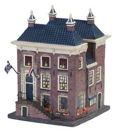 Lemax Christmas Village, Christmas Villages, Villas, Christmas Crafts, Xmas, Seaside Village, Ceramic Houses, Winter Cards, Seasons