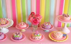 Glorious Treats » Grace's Cake Decorating Party