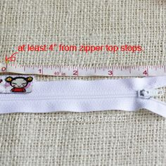 Zipper ribbon pouch tutorial. Thanks to the gifted person who shared it !