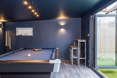 Garden room man cave x Chill Out Room with Paint. - Garden room man cave x Chill Out Room with Painted Walls Summer House Garden, Garden Pool, Shed Interior, Office Interior Design, Man Cave Shed, Man Cave Garden Shed, Pool Table Room, Pool Tables, Chill Out Room