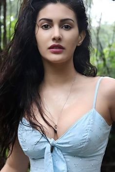 Beautiful Girl Indian, Beautiful Girl Image, Most Beautiful Indian Actress, Beautiful Models, Cute Beauty, Beauty Full Girl, Beauty Women, Korean Beauty Girls, Indian Actress Hot Pics