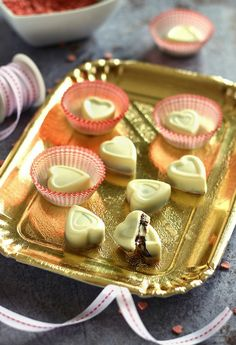 Tea Lights, Mousse, Panna Cotta, Candles, Ethnic Recipes, Food, Candy, Meal, Tea Light Candles
