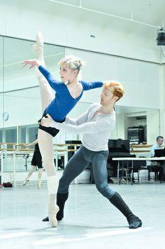 Sarah Lamb and Steven McRae in rehearsals for Metamorphosis: Titian 2012. © ROH/The Ballet Bag    #ballet #dance #rehearsal #Titian2012 #RoyalBallet #RoyalOperaHouse #backstage #SarahLamb #StevenMcRae