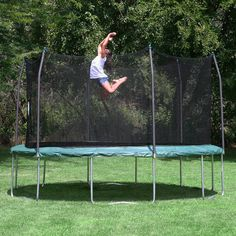 Skywalker Trampolines 15' Round Trampoline and Enclosure - Green Review