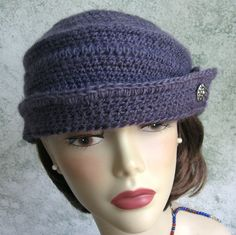 Hey, I found this really awesome Etsy listing at https://www.etsy.com/listing/198521782/womens-crochet-hat-pattern-vintage-1940s
