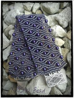 You have to see Alveoline bracelet - Free pattern! on Craftsy!