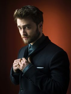Daniel Radcliffe Photos by Pal Hansen for Total Film (January Daniel Radcliffe Harry Potter, Gay Harry Potter, Harry Potter Characters, Daniel Radcliffe 2017, Johnny Depp, Hp Movies, Harry Potter Pictures, Hollywood Celebrities, David Beckham