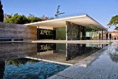 Pabellón Alemán(Barcelona) 1929, es un estilo modernismo es Concebido como espacio representativo para albergar la recepción oficial presidida por el rey Alfonso XIII a las autoridades alemanas.