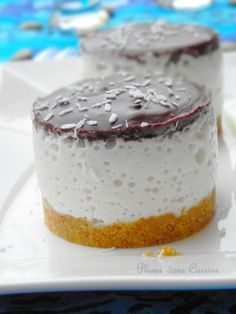 """""""Bavarois bounty"""" French cake with Coco milk Thermomix Desserts, No Cook Desserts, Delicious Desserts, Raw Food Recipes, Sweet Recipes, Dessert Recipes, Cooking Recipes, Mini Cakes, Sweet Treats"""