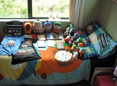 So as many other people have done, imma showing y'all my South Park collection I has soft toys t-shirts -Messenger bag -Pencil case Kyle glass. My South Park collection South Park Toys, South Park Funny, South Park Memes, Creek South Park, Japan Room, South Park Characters, Fanart, Toy 2, It's Going Down