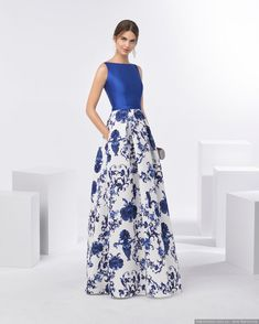 Our Aire Barcelona evening and cocktail gowns' elegance and femininity make them the stand-out choice for guests searching for that perfect look. Dresses For Teens, Trendy Dresses, Casual Dresses, Fashion Dresses, Formal Dresses, Dress Outfits, Girl Outfits, Bcbg, Bridesmaid Dresses