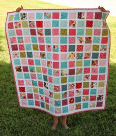 Vintage Baby quilt pattern made with Moda's Sophie collection.