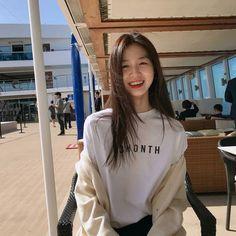 Ulzzang Korean Girl, Cute Korean Girl, Cute Asian Girls, Cute Girls, Korean Photography, Girl Photography, Ulzzang Fashion, Korean Fashion, Girl Pictures
