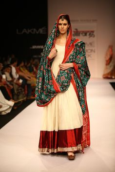 Lakmé Fashion Week – Gaurang Shah at LFW WF 2013