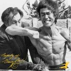 Bruce Lee With the best villain actor in Chinese films, Sak Keen   ENTER THE DRAGON