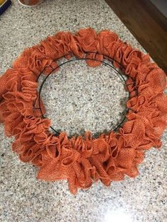 Easy Burlap Wreath In Less Than 30 Minutes Burlap wreaths don't have to be difficult. Try this easy burlap wreath method and become a pro in 30 minutes. You will want to make one for every season and will be perfect for your home or as a gift. Easy Burlap Wreath, Burlap Wreath Tutorial, Diy Wreath, Mesh Wreaths, Wreath Making, Burlap Garland, Flower Wreaths, Burlap Crafts, Burlap Ribbon