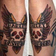 Traditional Harley-Davidson Tattoo by Holli Marie. Harley Davidson Street Glide, Harley Davidson Gear, Harley Davidson Posters, Harley Davidson Pictures, Harley Davidson Tattoos, Classic Harley Davidson, Harley Davidson Motorcycles, Harley Tattoos, Biker Tattoos