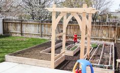 Ana White | Build a Garden Arbor - Featuring Remodelaholic | Free and Easy DIY Project and Furniture Plans