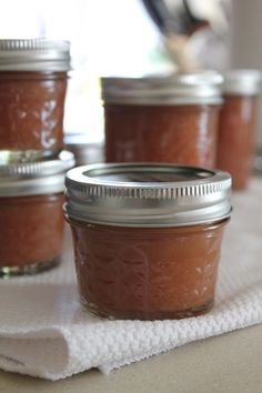 caramel pear butter  adapted from bon apetit  makes three full pints  3 tablespoons apple juice or water  4 1/2 tablespoons fresh lemon juice, divided  5 pounds ripe pears  2 1/4 cups light brown sugar  3/4 teaspoon fresh ground nutmeg  1/2 teaspoon kosher salt  http://kitchentrialanderror.blogspot.com/2011/10/caramel-pear-butter.html