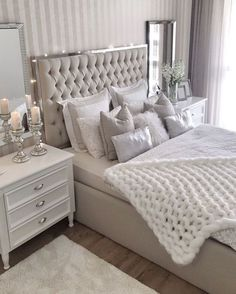 Cozy Home Decorating Ideas for Girls Bedroom – Isabelle Style – Shannon – Elegant Stylish Bedroom Decor, Bedroom Makeover, Cozy House, Cozy Home Decorating, Luxurious Bedrooms, Home Decor, Apartment Decor, Modern Bedroom, Master Bedrooms Decor