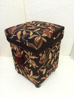 "Interior Chabako size Stool. Fabric ; William Morris ""Fruits Embroidery""#chabako #japan #interior #art #william Morris  #インテリア茶箱"