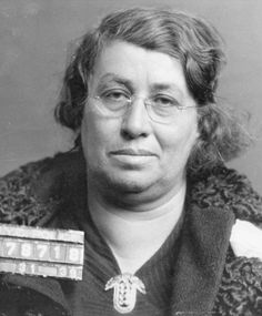"""Lena Frosch, a bondswoman who was arrested in 1939 for forgery.  She would bail Murder Inc. hitmen out of jail for Louis """"Lepke"""" Buchalter.   From: New York City Gangland by Arthur Nash"""