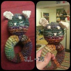 Crochet rattle . Bunny. Baby gift. Virkattu helistin. Pupu. Vauvalle lahja. Lankana Novitan Rusko ja Nallea.