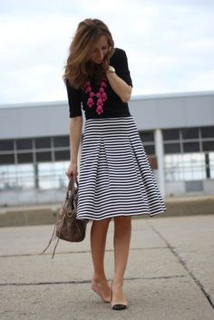 Again, like the skirt (I have nothing like it) and I like the stripes and color scheme. I DO NOT like the pink necklace!