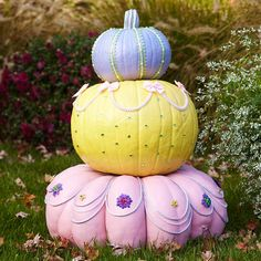 Tiered Pastel Painted Pumpkins for Halloween. So adorable!