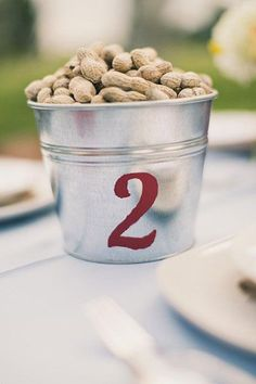 A bucket of peanuts… fun idea for a more relaxed, outdoor wedding.