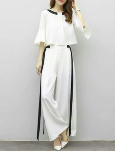 Women's Plus Size Party Work Street chic Sophisticated Flare Sleeve Loose Short Set - Striped Color Block, Bow Pant / Summer / Sexy 2019 - ₽ Modest Fashion, Hijab Fashion, Korean Fashion, Fashion Dresses, Street Chic, Street Wear, Paris Street, Look Fashion, Girl Fashion