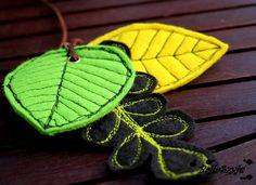 http://www.designspinka.pl/lisciasty-naszyjnik/ Dla wszystkich, którzy nie mogą doczekać się jesieni i również dla tych, którym trzeba jesień dodatkowo pokolorować :)