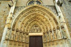 Basílica de Santa Maria de Castelló d'Empúries, a l'Alt Empordà (Catalonia)