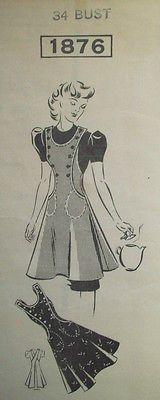 Vintage 1940's 1930's Pinafore Apron front button detailing side pockets Vintage Apron Pattern, Apron Patterns, Aprons Vintage, Vintage Sewing Patterns, Bib Apron, Apron Dress, Granny Vintage, Pinafore Apron, Cute Aprons