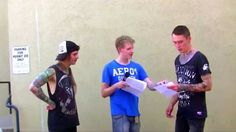 Asking Alexandria Reads 50 Shades Of Grey (Ben Bruce & James Cassells) James is so funny!