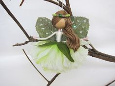 Mint Fairy or Mint Ballerina Angel. Have you ever heard about her? She is very friendly and helpful, now bringing joyful dreams and laughter to your house as well. Especially, this carnation angel is a very meaningful and caring gift to loved people whose birthday is in January. Are you a nature lover? Mint color fairy offers every body fresh, relaxed and sweet feelings. Her wings are made from a pair of leaves and covered with sparkling tulle while her mint dress looks like a blooming…