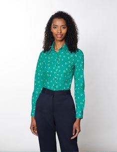Cotton Stretch Women's Semi Fitted Shirt with Floral Print in Green & Yellow | Hawes & Curtis Hawes And Curtis, Tapered Trousers, Workout Shirts, Stretch Fabric, Shirt Blouses, Floral Prints, Elegant, Yellow, Stylish