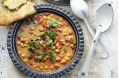 Indiase bruinebonensoep - Recept - Allerhande