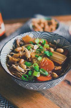 I adore cinnamon- subiektywny blog kulinarny o zapachu cynamonu: Zupa z kimchi Kimchi, Japchae, Tofu, Cooking, Ethnic Recipes, Blog, Kitchen, Blogging, Brewing