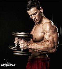 Bodybuilding.com - We 'Mirin Vol. 55: 18 Awesome Bodies