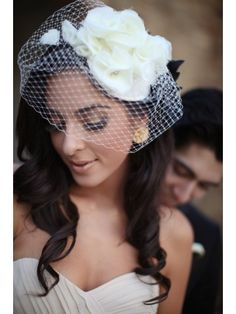ruffle bridal hat with veil
